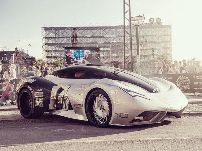 Dünyanın En Lüks Otomobilleri Tek Yarışta - Gumball 3000 - 11