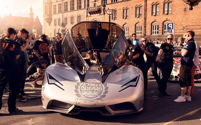 Dünyanın En Lüks Otomobilleri Tek Yarışta - Gumball 3000 - 7