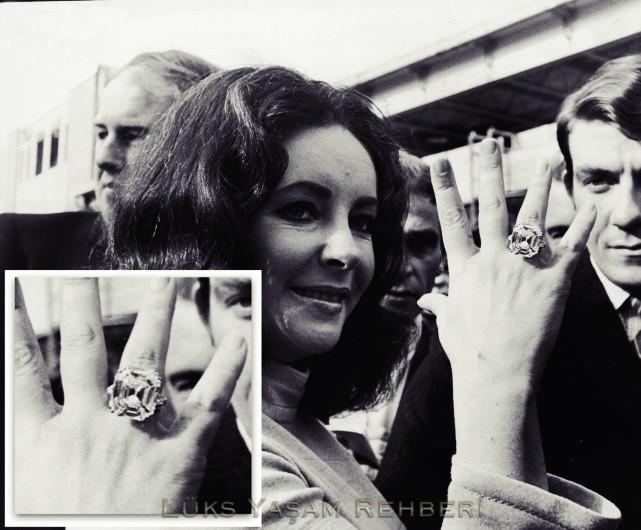 Elizabeth Taylor Tek Taş Yüzüğü