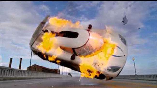 Filmlerde Parçalanan Lüks Araçlar - Koenigsegg Agera R