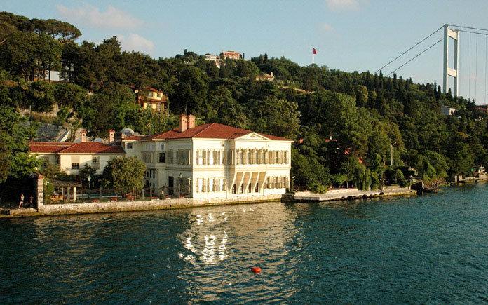 İstanbul'un En Pahalı Yalıları - Zarif Mustafa Paşa Yalısı