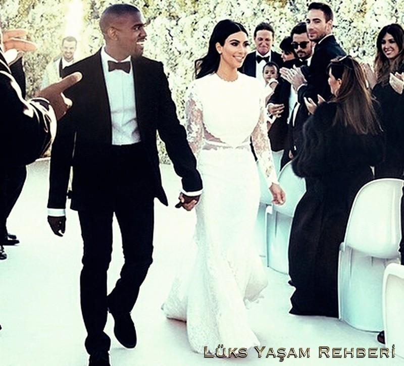 Kim Kardashian'ın Gelinliği