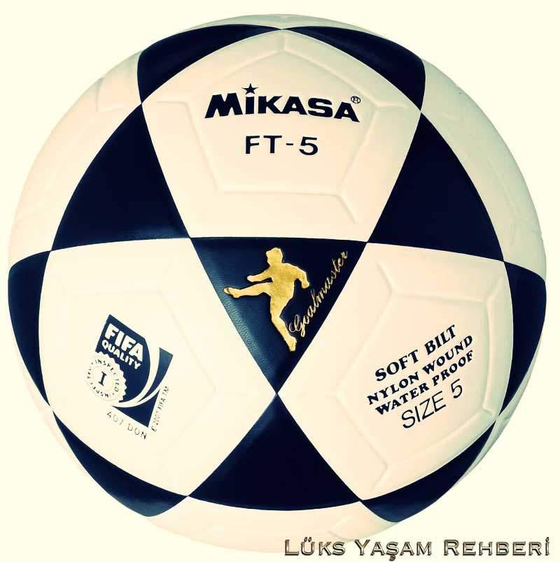 Mikasa Futbol Topu