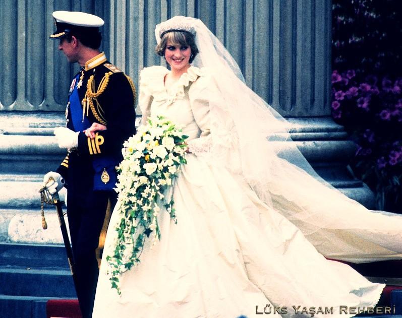 Prenses Diana'nın Gelinliği