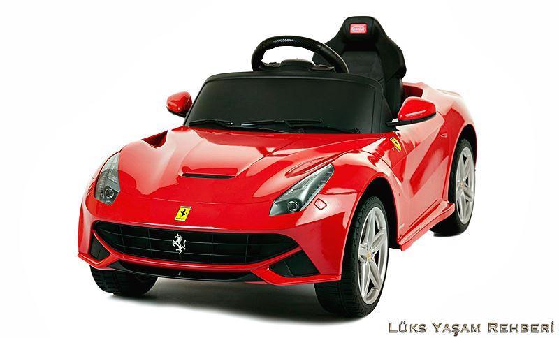 Ferrari F12 Akülü Araba