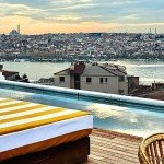 Soho House İstanbul Havuz Terası